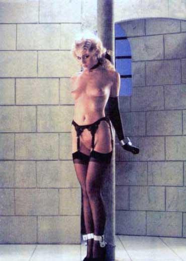 Bild klicken für mehr Female Slave Extreme